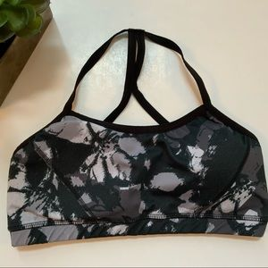 BEYOND YOGA Black/Gray Watercolor Athletic Bra